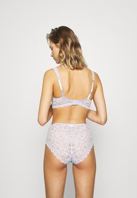 Hanro - MOMENTS MIDI SLIP - Briefs - lavender frost - 2
