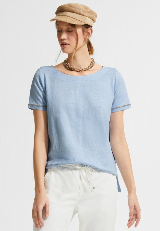 Basic T-shirt - powder blue
