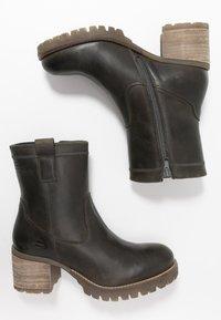 Bullboxer - Classic ankle boots - khaki - 3