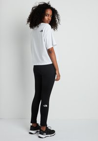 The North Face - CROPPED SIMPLE DOME TEE  - T-shirts - white - 2