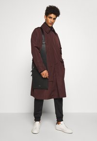 Tiger of Sweden - ACAULE - Classic coat - burgundy - 1