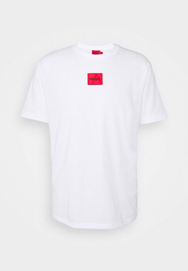 DIRAGOLINO - Print T-shirt - white