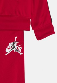 Jordan - SET - Tracksuit - gym red - 3