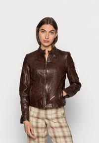 Gipsy - JUANA LONTV - Leather jacket - dark brown - 0