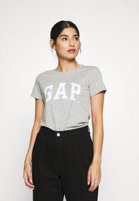 GAP Petite - TEE - Camiseta estampada - grey heather - 0