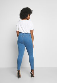 Missguided Plus - SUPERSOFT LAWLESS - Jeggings - light blue - 2
