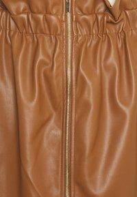 Vila - VIJOSEP SHORT ZIPPER SKIRT - A-line skirt - toffee - 2