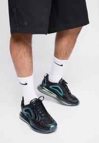 Nike Sportswear - AIR MAX 720 - Trainers - black/laser fuchsia/anthracite - 0