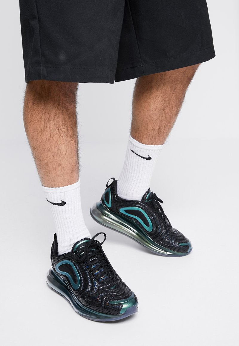 Nike Sportswear - AIR MAX 720 - Trainers - black/laser fuchsia/anthracite