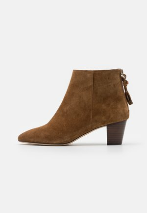 APAN - Ankle boots - cannelle
