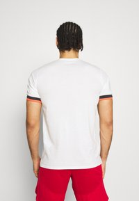 Under Armour - CREST  - Print T-shirt - onyx white - 2