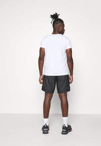 The North Face - HYDRENALINE WIND - Shorts - black - 2