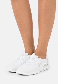 Skechers - Trainers - white - 0