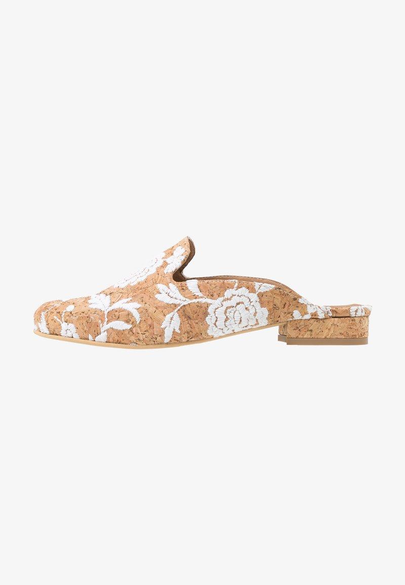 NAE Vegan Shoes - VERO - Matalakantaiset pistokkaat - white