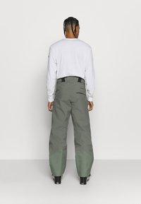Norrøna - LOFOTEN GORE TEX PRO PANTS - Pantaloni da neve - grey - 2