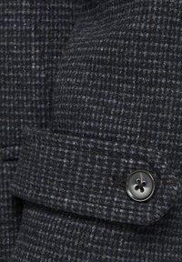 Jack & Jones PREMIUM - JPRBLAMELTON - Classic coat - dark grey melange - 6