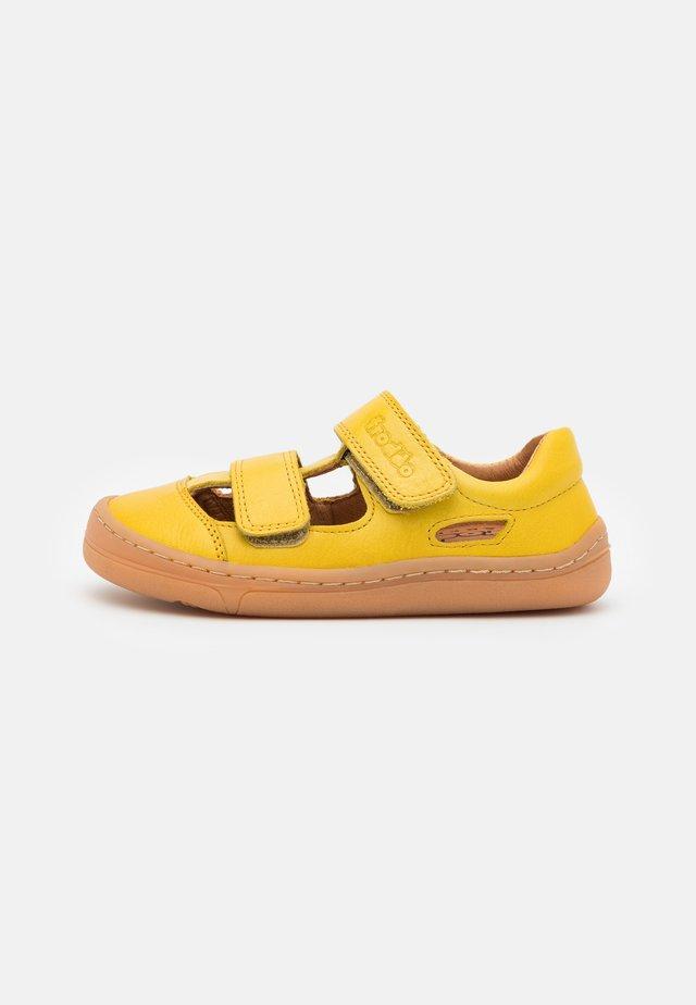 BAREFOOT UNISEX - Sandaler - yellow