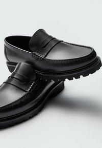 Massimo Dutti - Slip-ons - black - 4