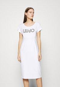 Liu Jo Jeans - ABITO - Žerzejové šaty - bianco - 0