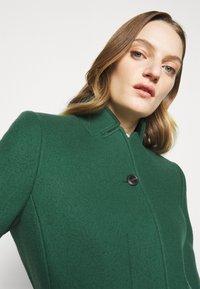 CLOSED - PURE PORI - Classic coat - green - 4