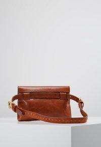 Royal RepubliQ - DARTH BUM BAG - Bum bag - cognac - 2