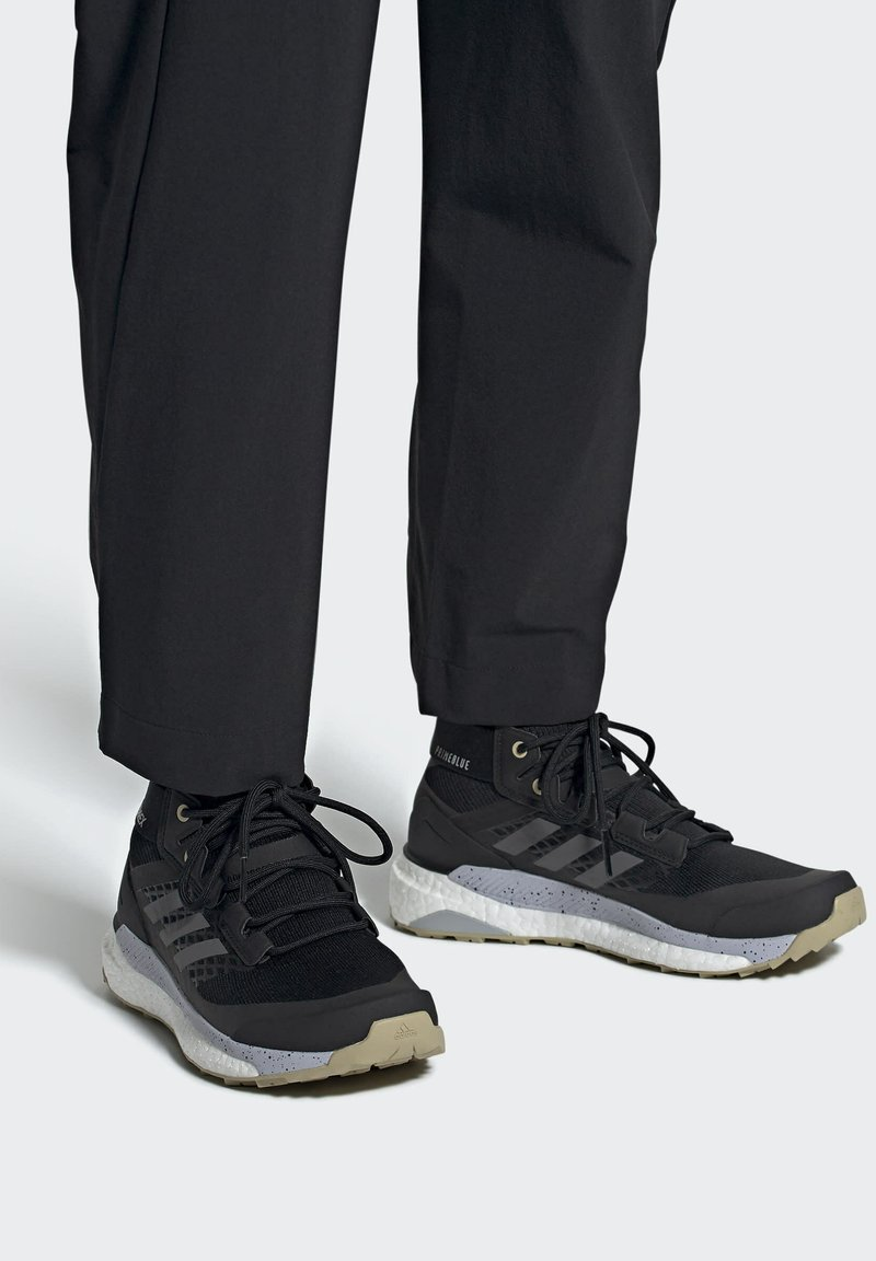 adidas Performance - TERREX FREE HIKER PRIMEBLUE WANDERSCHUH - Fjellsko - black