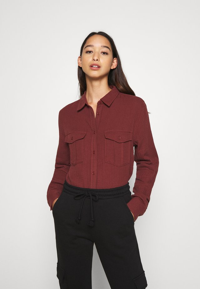 NMLILLA  - Button-down blouse - hot chocolate