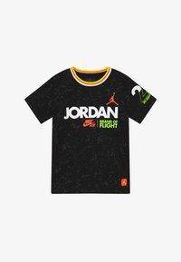 Jordan - SCHOOL OF FLIGHT TEE - Print T-shirt - black - 2