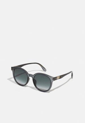 Sunglasses - grey