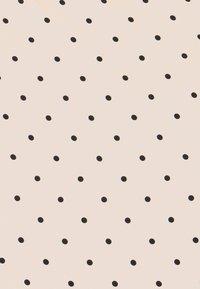 Women Secret - STRAPS SHORT PANT TRENDY - Pyjamas - nude - 4