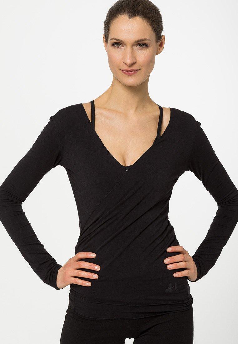 Curare Yogawear - WRAP - Topper langermet - black