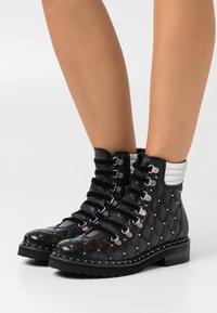 Melvin & Hamilton - BONNIE  - Lace-up ankle boots - black/silver - 0
