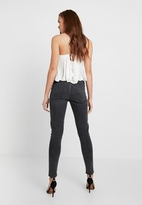 Pieces - PCNINA - Vaqueros pitillo - dark grey denim - 2