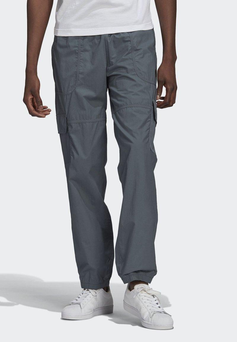 adidas Originals - Cargo trousers - grey