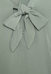 Anna Field - Pussy bow blouse - Bluser - green - 2