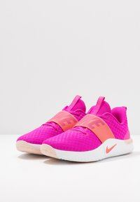Nike Performance - RENEW IN-SEASON TR 9 - Sportschoenen - fire pink/magic ember/washed coral/white - 2
