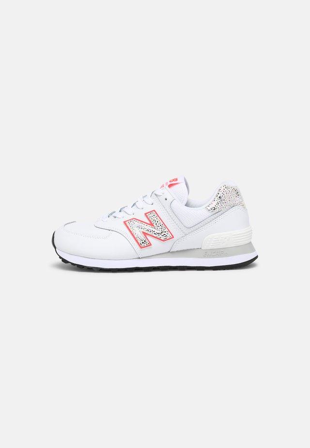 WL574 - Sneakers - white