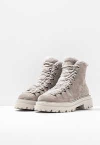Kennel + Schmenger - BOBBY - Platform ankle boots - ombra/nature - 4