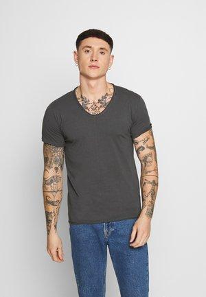 Basic T-shirt - cold grey