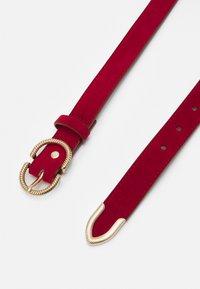 ALDO - TRAUMWEN - Belt - red/shiny gold-coloured - 1