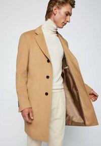 BOSS - H-HYDE - Classic coat - beige - 4