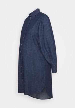 PCMSALIA PUFF SLEEVED DRESS - Jurk - dark blue denim