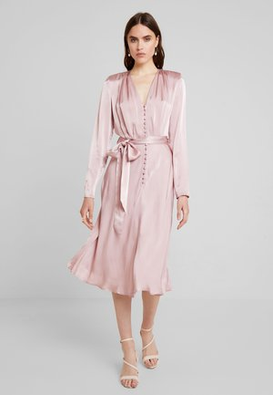 MERYL DRESS - Skjortekjole - rose