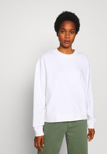 HUGE CROPPED SWEATSHIRT - Sweatshirts - white