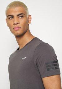 G-Star - TEXT SLIM - T-shirt print - shadow - 3