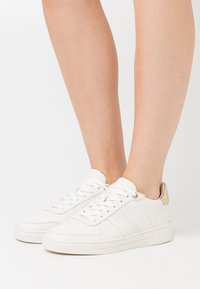 Ted Baker - SOSIE - Trainers - white - 0