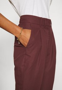 DAY Birger et Mikkelsen - DAY AMICI PANTS - Trousers - maltese - 7