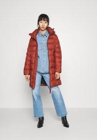 G-Star - WHISTLER SLIM LONG COAT - Zimní kabát - dry red - 1