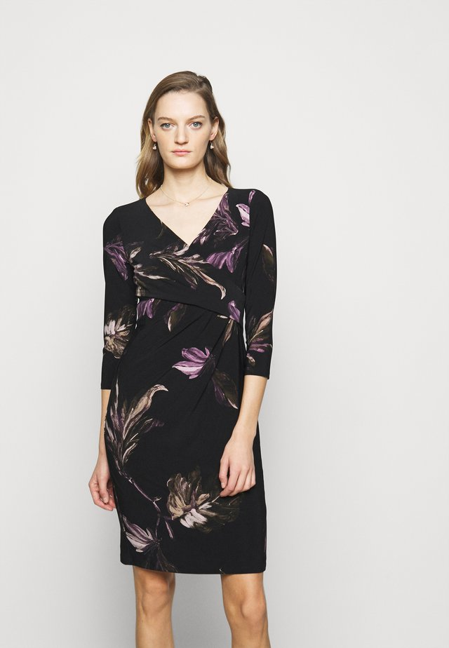 PRINTED MATTE DRESS - Shift dress - black/purple