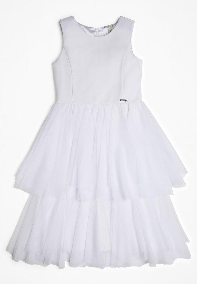 GUESS KLEID MIT EINSATZ AUS TÜLL - Korte jurk - weiß
